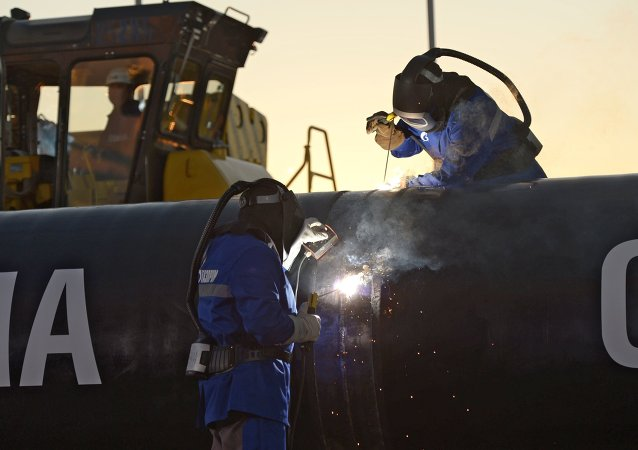 俄国家杜马批准经东线管道向中国供气的协议