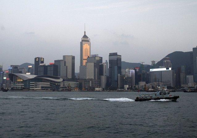香港地区发生一起小型飞机坠毁事件,飞行员遇难
