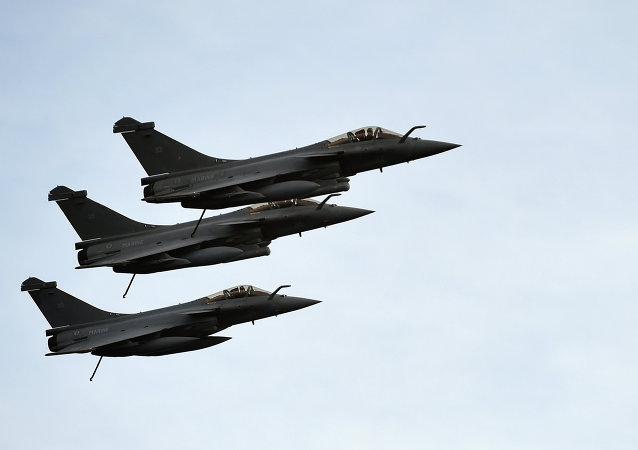 利比亚军机攻击靠近苏尔特港的无国籍船只