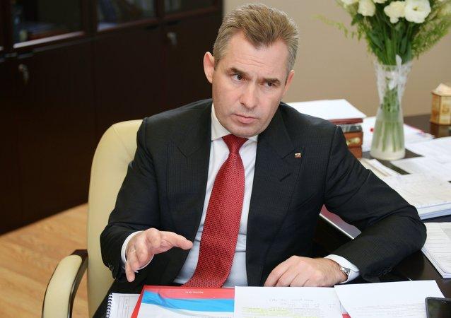 俄罗斯总统儿童权利问题全权代表帕维尔•阿斯塔霍夫