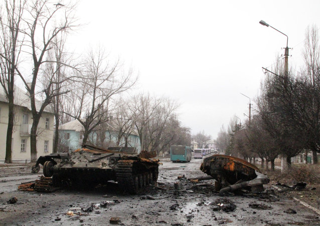 """扎哈尔琴科:民兵结束杰巴利采沃""""清剿行动""""击毙逾三千名政府军"""