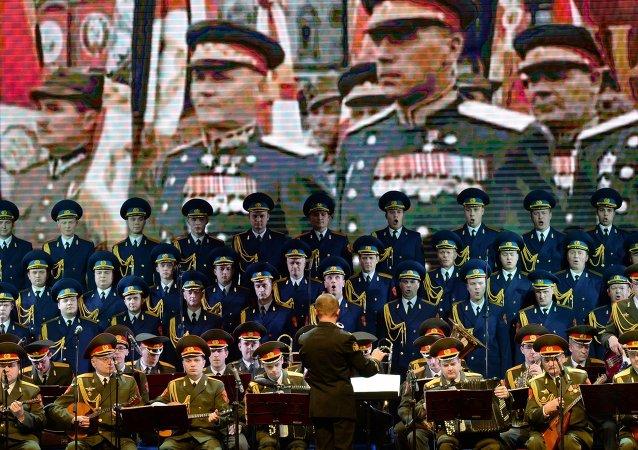 俄亚历山德罗夫红旗歌舞团首席指挥:《喀秋莎》已在中国成为民歌