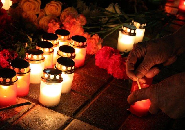 专家:3月份失联的马航MH370 可能是被美军击落的