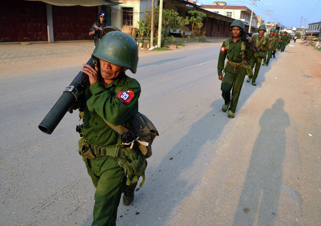 媒体:缅甸政府军队及起义军间战斗区扩大