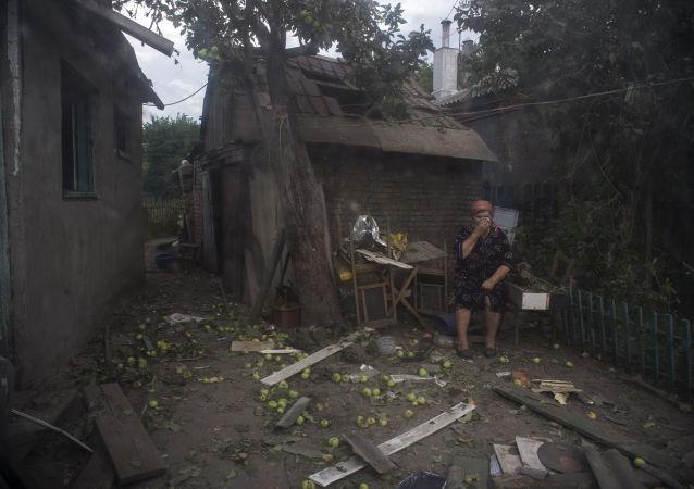 """乌克兰一名涉嫌在顿巴斯犯下严重罪行的""""龙卷风""""连战士被抓获"""