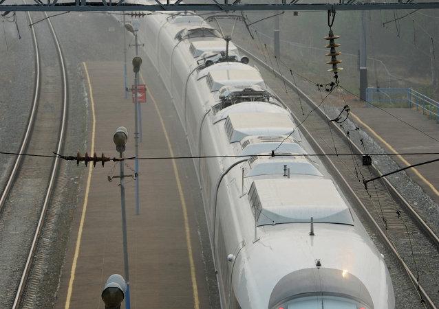 俄中高铁通过哈萨克斯坦