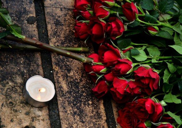 普京对遇刺的反对派成员涅姆佐夫的母亲表示深切同情