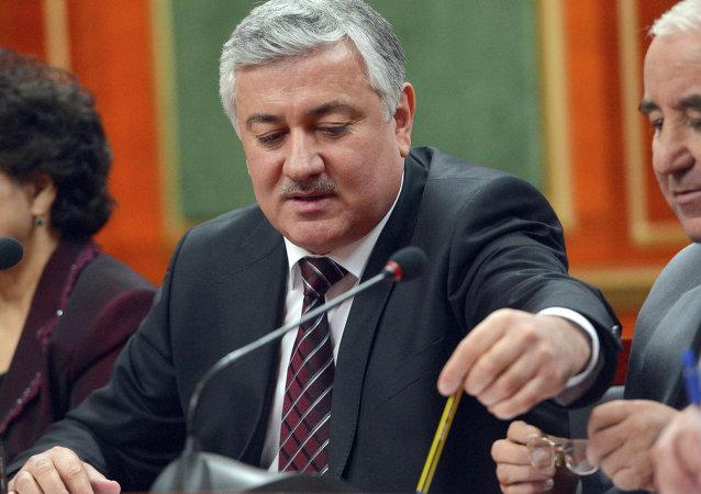 塔吉克斯坦中央选举公投委员会主席绍西勇