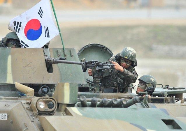 朝鲜用导弹回应美韩军演