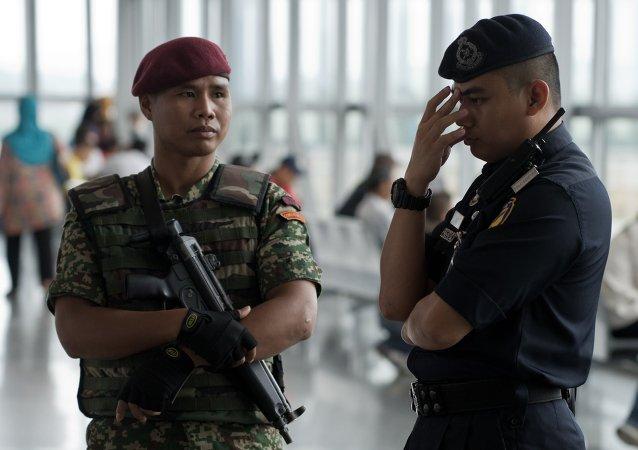 马来西亚警方拘捕15名曾计划在大选当天发动袭击的嫌疑人