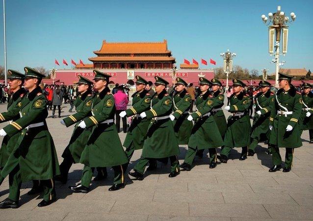 中国为何要不断增加军费开支?
