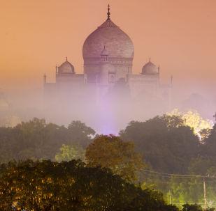 因遭到ISIS支持者威胁 印度加强泰姬陵安保戒备