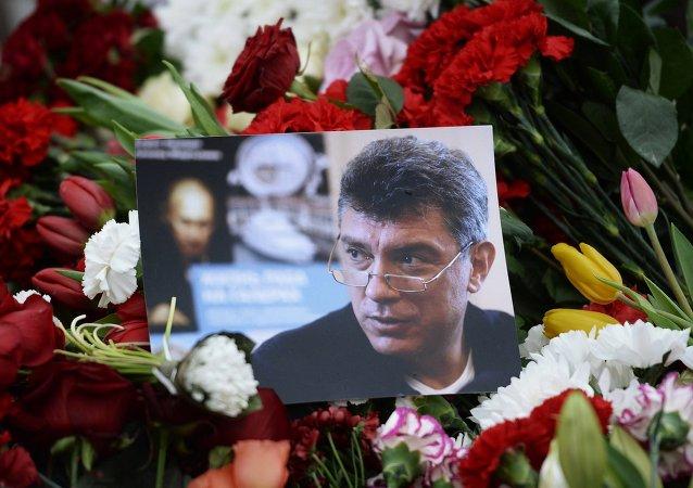 俄安全局局长: 涅姆佐夫遇害案两名嫌犯被拘留