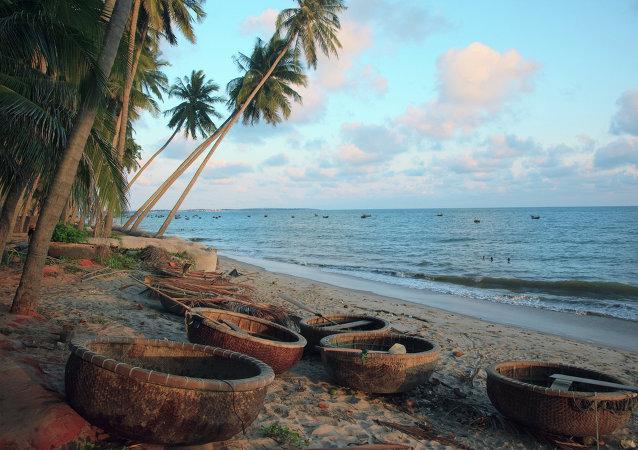 搭载49名海上渔民的船只在太平洋南部海域失踪