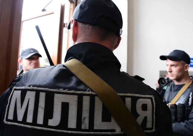 乌警方在敖德萨市中心发现爆炸装置 嫌疑人已被扣留