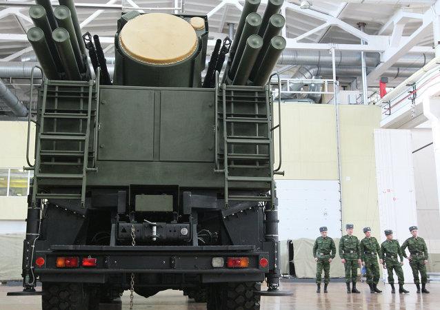"""俄仪器制造设计局:""""铠甲-S1""""系统在DSA-2016展览上引起马来西亚军方兴趣"""
