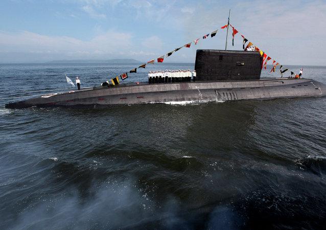 """636型""""华沙女人""""级潜艇"""