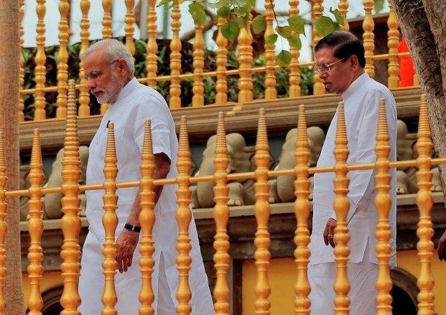 印度总理纳伦德拉·莫迪访问科伦坡后,立即引发反华丑闻。这是印度总理25年来首次访问邻国。