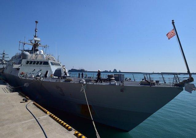 """美国将向地中海增派装备""""宙斯盾""""系统的军舰"""