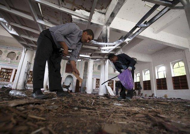 """专家与目击者:""""基地组织""""操纵了萨那爆炸事件"""