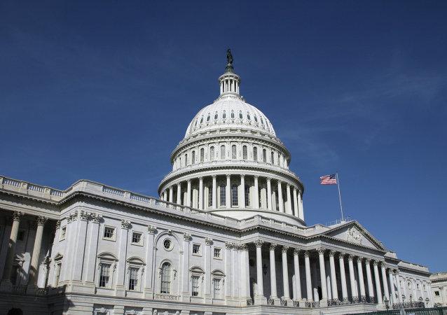 美国开始调查议员腐败案