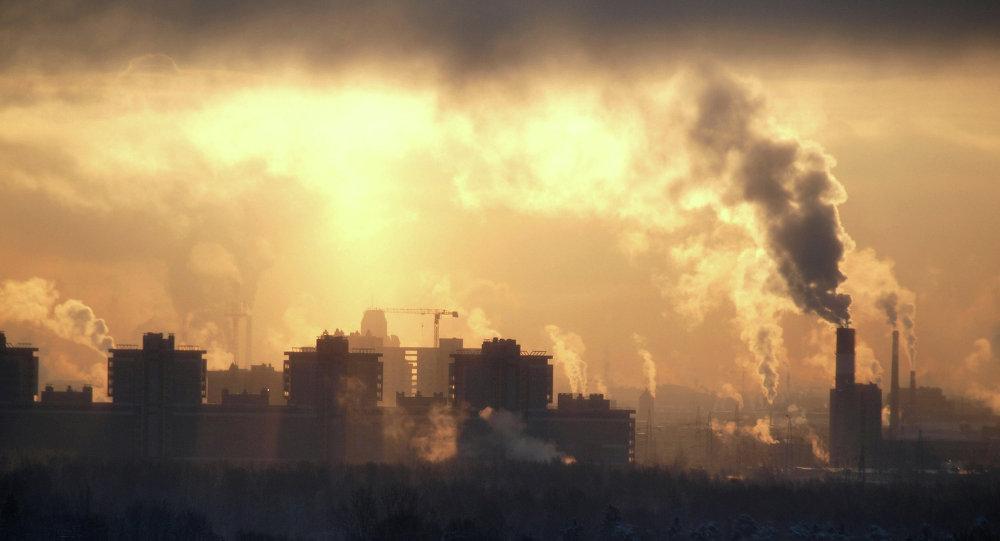 中国学者与俄东北联邦大学专家共同研究雅库特热熔洞盆地的空气污染情况