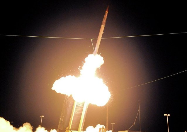 美国反弹道导弹试验发射