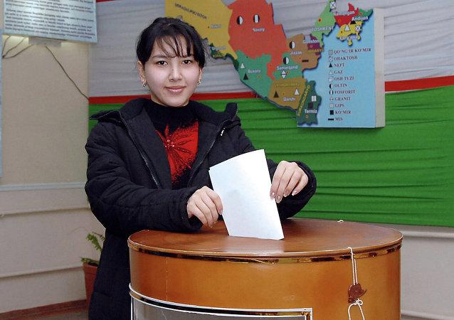 乌兹别克斯坦总统选举投票结束