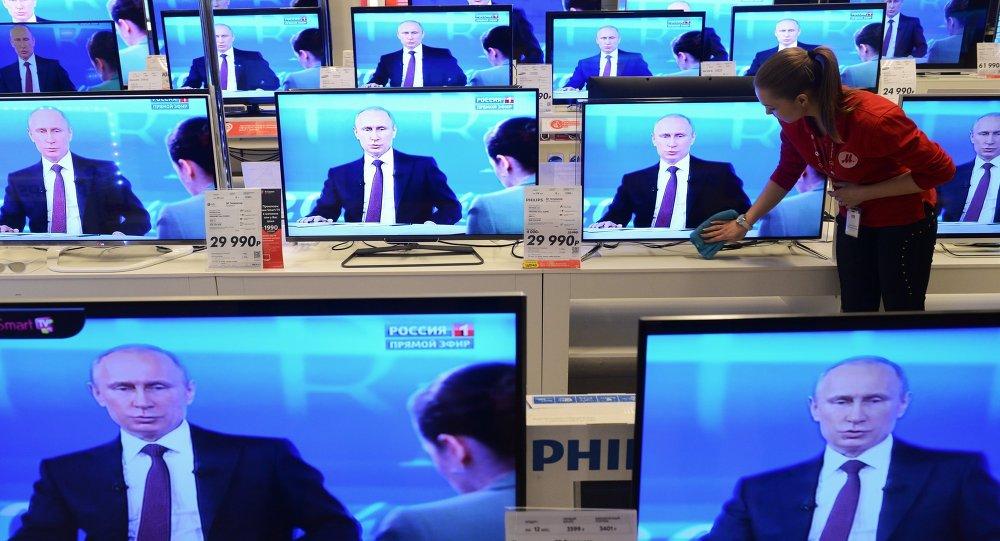 民调:52%的俄罗斯人通过电视获取新闻 32%通过互联网