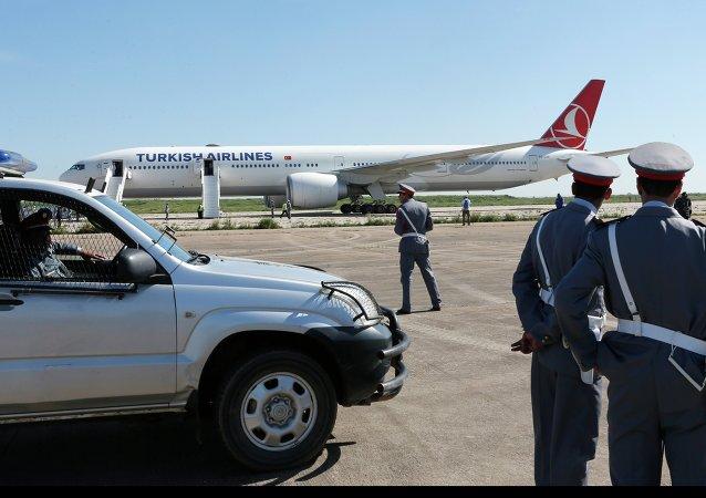 俄罗斯联邦委员会提议在苏-24事件后中断与土耳其的航班往来
