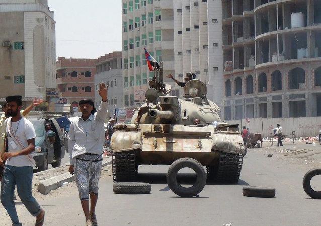 沙特驻美大使:该国不排除在也门实施地面行动