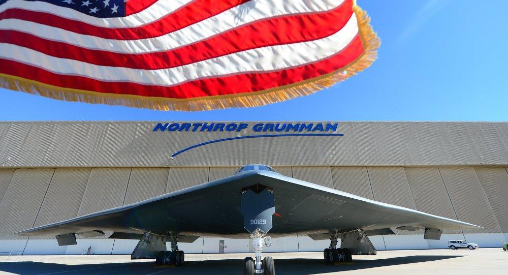 """美国能够携带核武器的B-2""""幽灵""""战略轰炸机"""