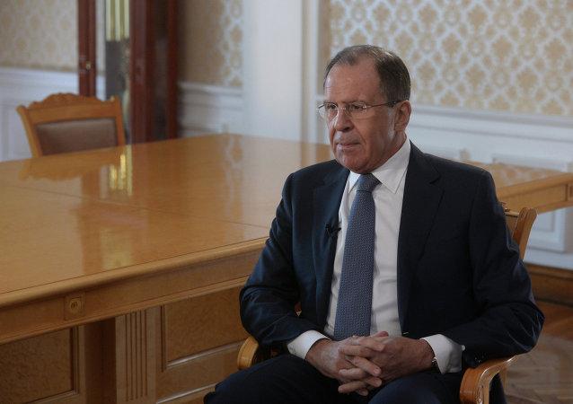 拉夫罗夫:普京在解决国际问题时放眼于长期前景