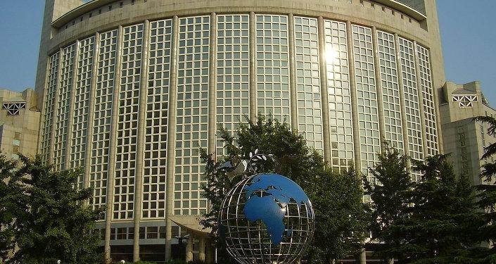 中国外交部:中国驻朝鲜使馆应邀派员出席朝鲜建军节阅兵式