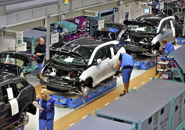 宝马计划向中国市场推出无人驾驶汽车
