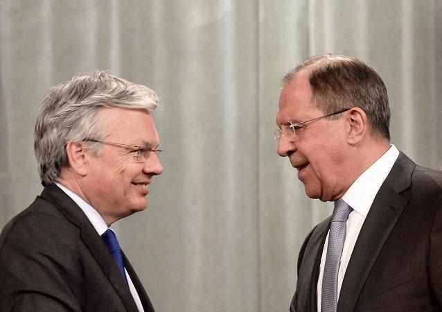 俄外长:莫斯科将支持克服PACE危机的努力