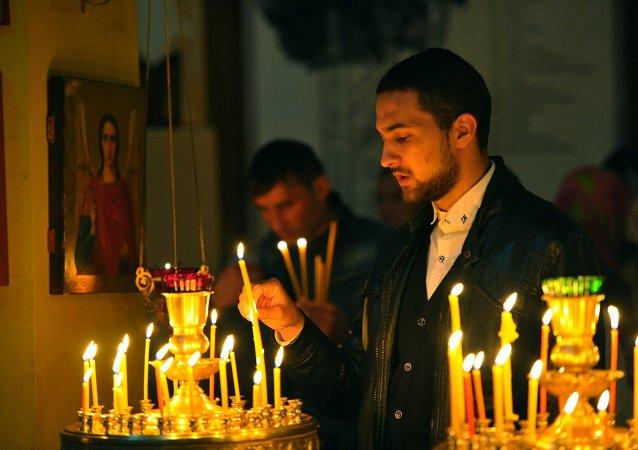 在华东正教徒庆祝复活节