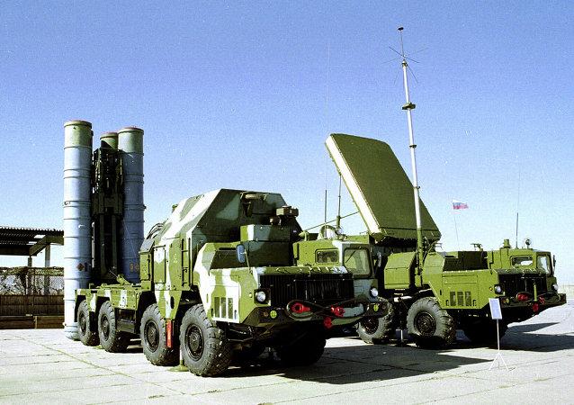 俄罗斯的S-300地空导弹系统