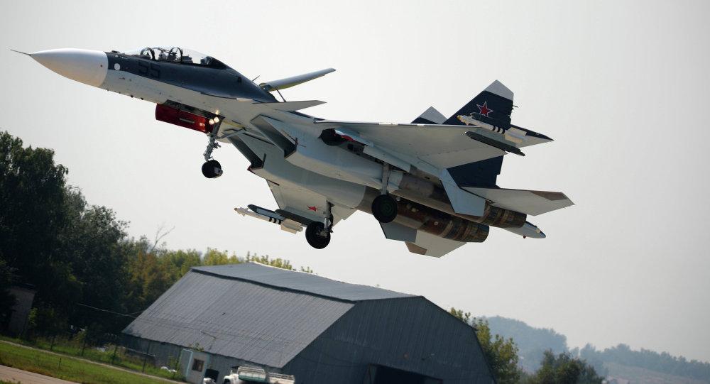 俄空天军总司令:俄罗斯勇士飞行表演队将于2016年驾驶苏-30SM飞行
