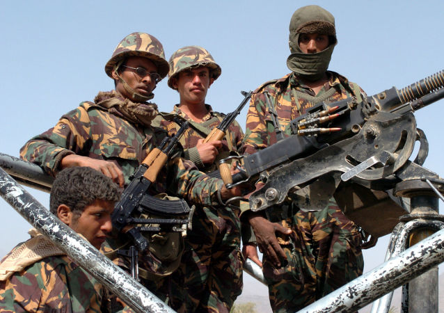 也门亲政府军队在首都附近作战