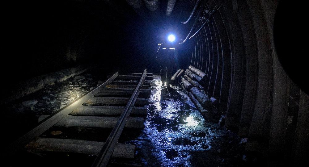巴基斯坦西部矿难已致7名矿工遇难 6人生死未卜