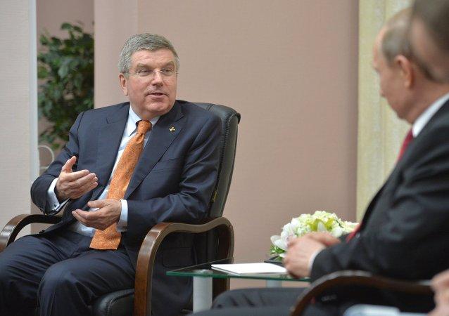 国际奥委会主席托马斯·巴赫  俄联邦总统普京