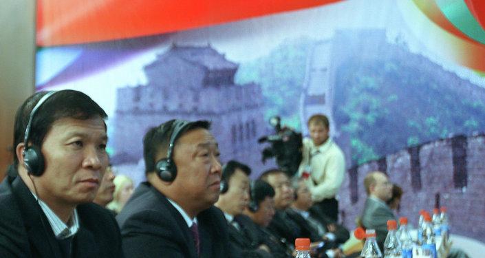 中國企業家:俄羅斯應為中國商企人員簡化商務簽證制度