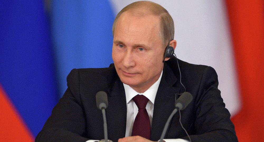 普京:欧亚经济共同体和南共市将签署合作备忘录