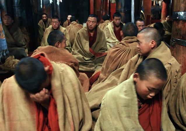 尼泊尔强震致中国西藏至少20人死亡