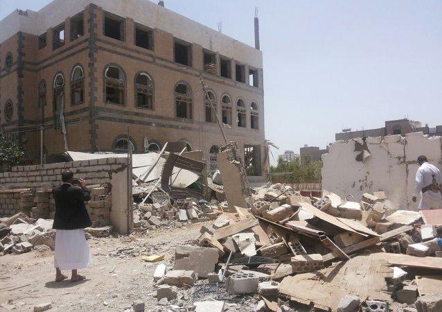 也门政府军夺回第三大城市塔伊兹