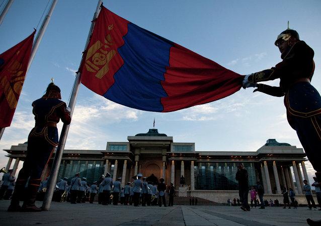 """蒙古国总理:期待前往北京出席 """"一带一路""""国际合作高峰论坛"""