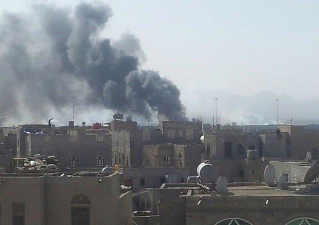 消息人士:亚丁机场在也门联合政府的飞机抵达时发生爆炸