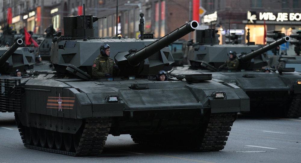 """俄罗斯T-14""""阿尔马塔""""坦克"""