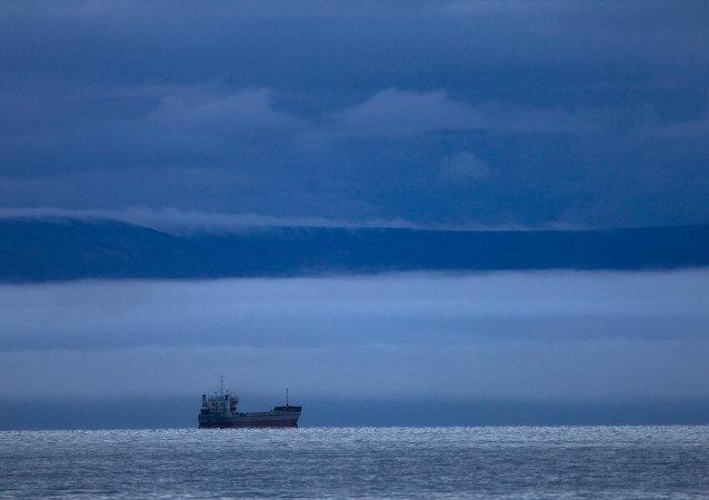 俄在华被扣拖船因燃油不足无法回国